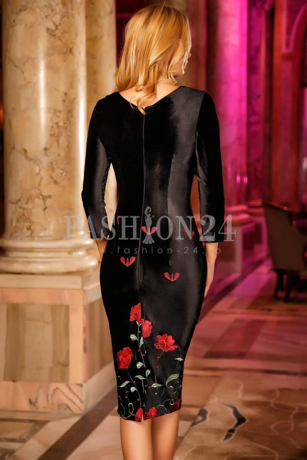 Rochie Swara Black Roses