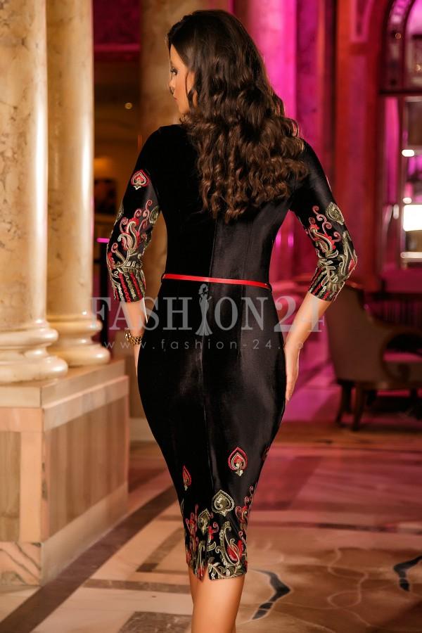 Rochie Swara Roses