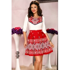 Rochie rosie traditionala in clos thumbnail