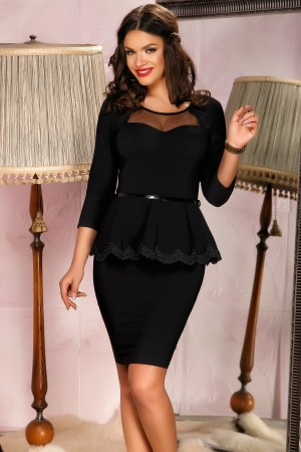 Rochie neagra cu peplum in talie si dantela