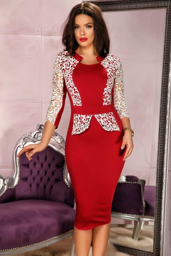 Rochie rosie in doua culori si dantela
