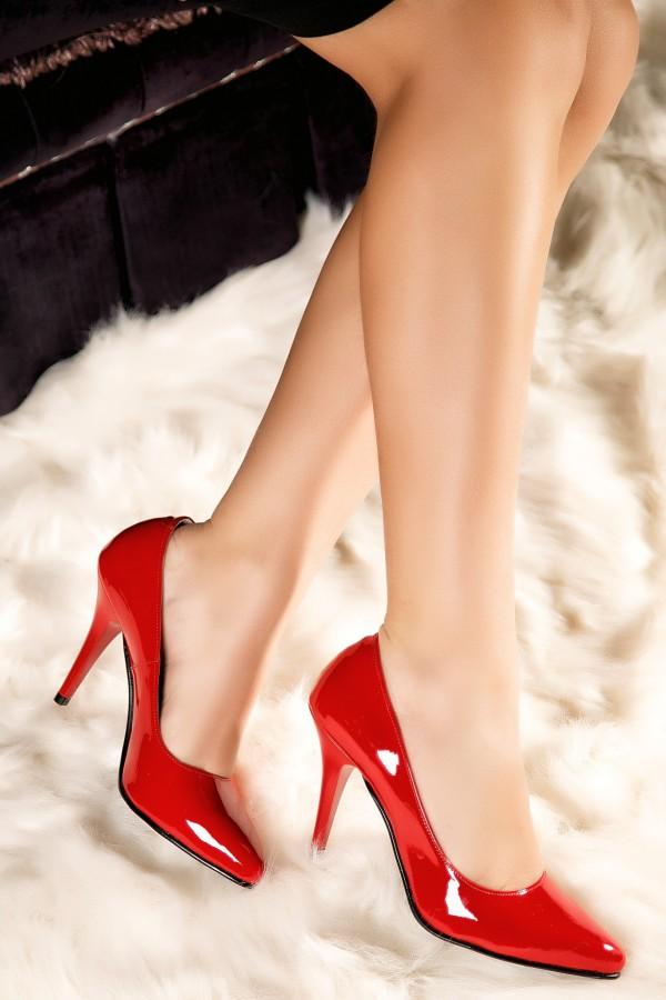 Pantofi stiletto rosii Diana din piele naturala