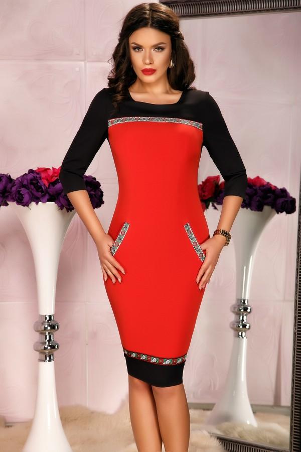 Rochie rosu negru si buzunare laterale