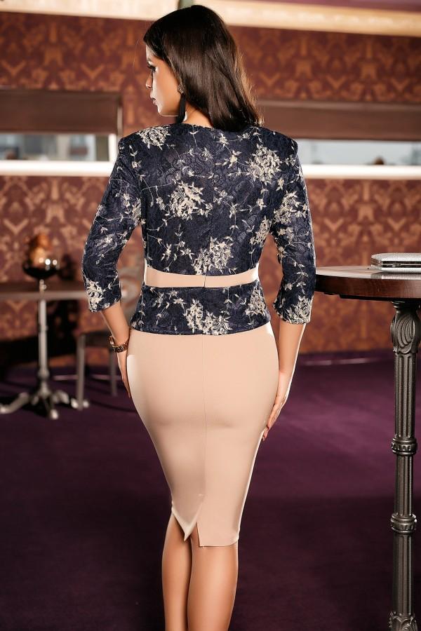 Rochie roz eleganta tip sacou