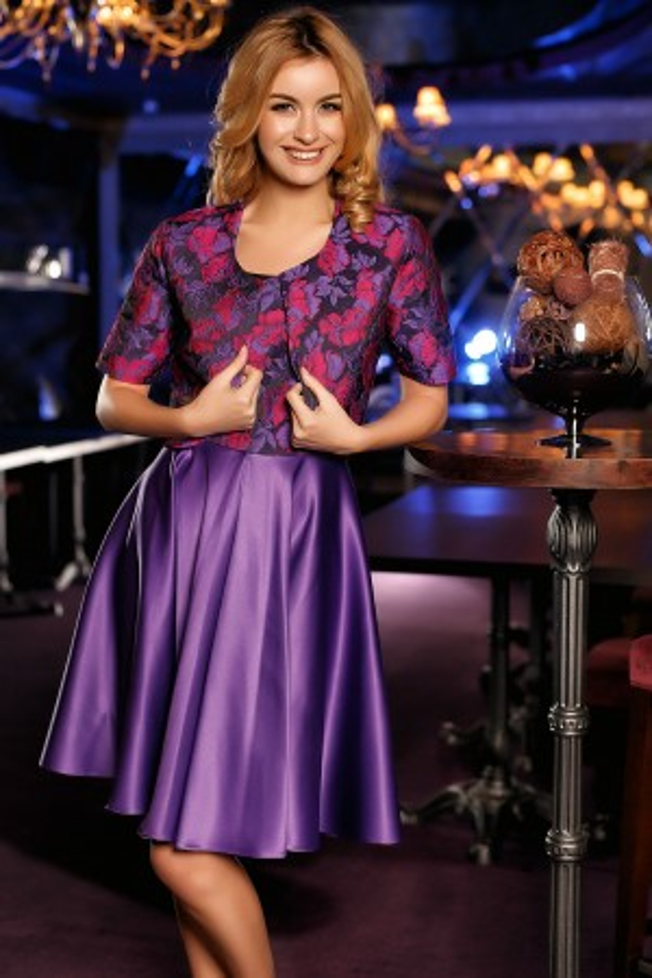 Rochie eleganta mov cu imprimeuri
