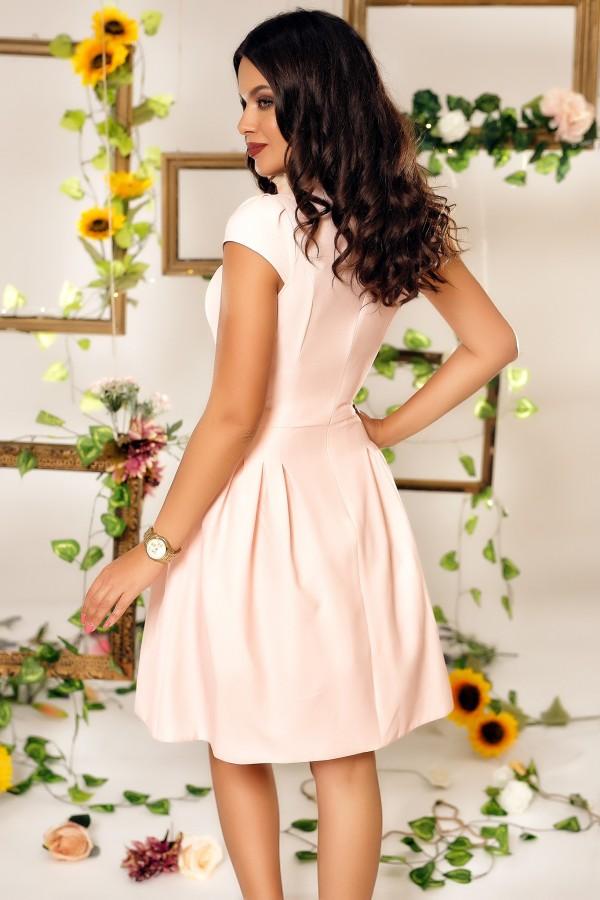 Rochie Alexia roz cu imprimeuri