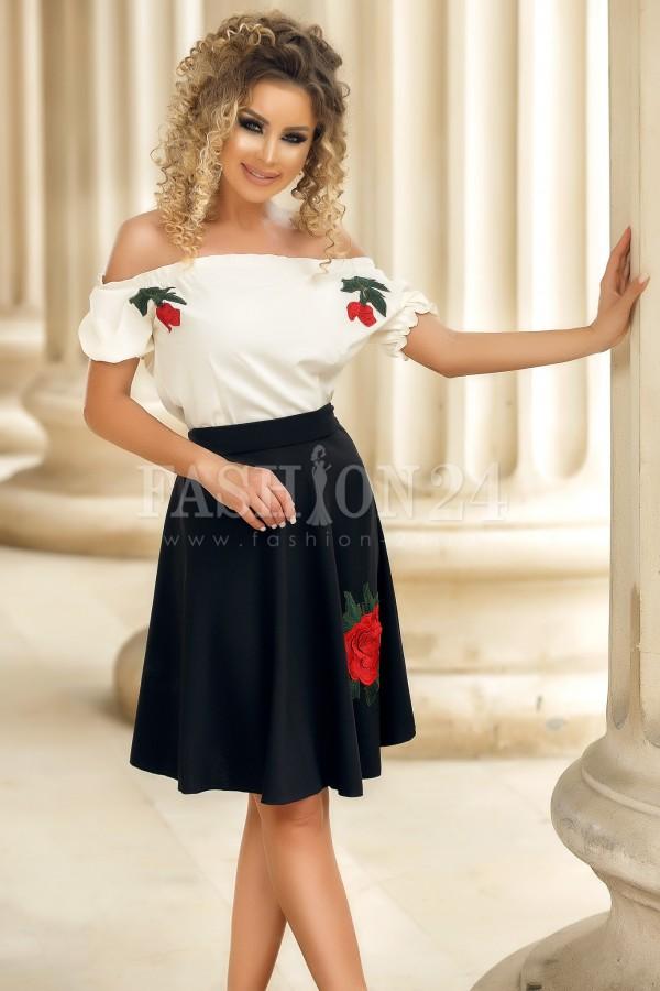 Rochie Isabela neagra traditionala