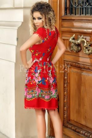 Rochie rosie cu motive traditionale in clos