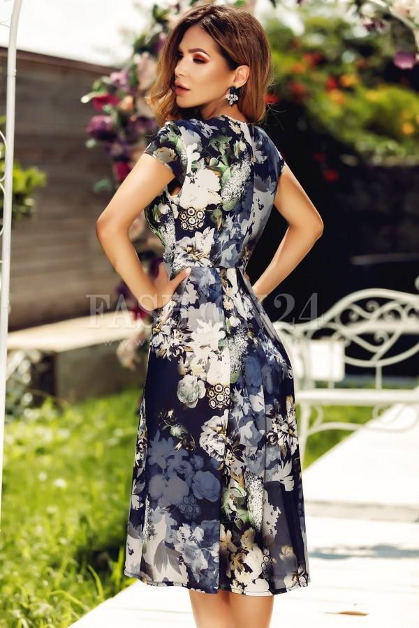 Rochie de vara midi cu imprimeu floral