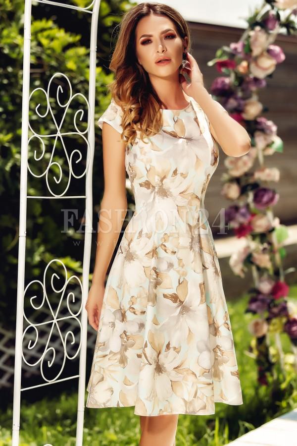 Rochie cu imprimeuri de vara