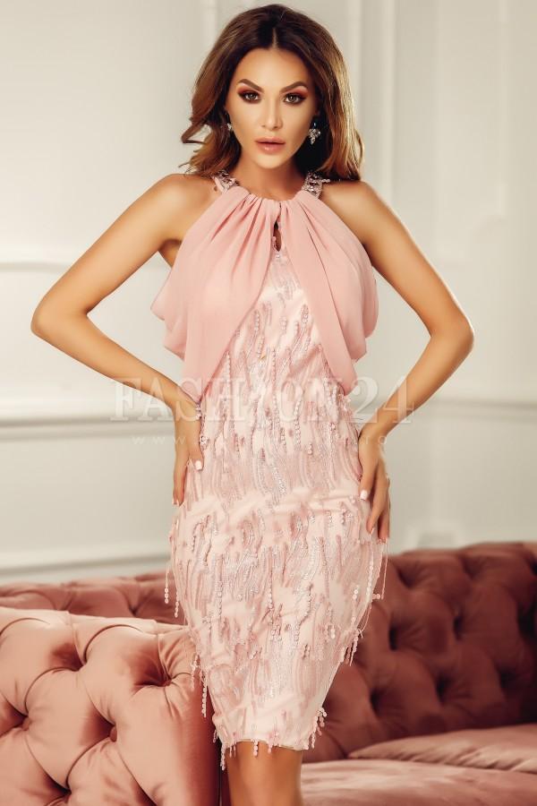 Rochie eleganta roze cu voal si aplicatii