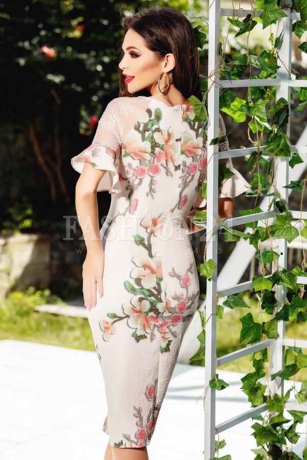 Rochie Nicole roz pudra