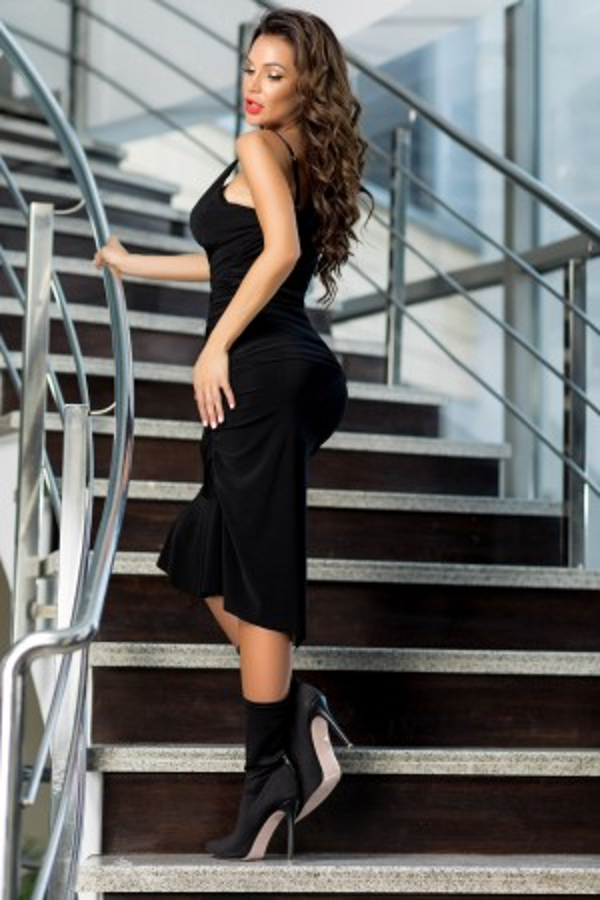 Rochie Eva neagra cu trena
