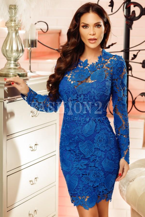 Rochie albastra din dantela cu spatele gol