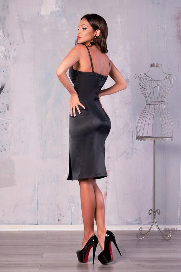 Rochie Larisa neagra accesorizata