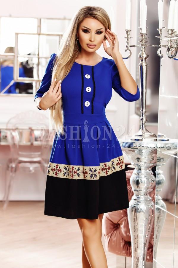 Rochie Adela albastra cu nasturi decorativi