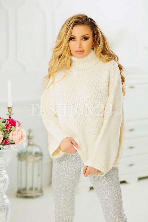Pulover crem elegant cu aspect tricotat