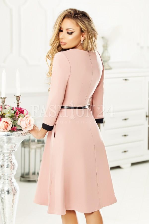 Rochie Marissa roz in clos