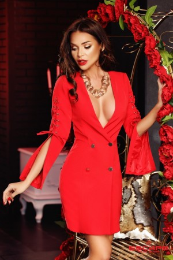 Rochie Kiera rosie cu siret pe maneci