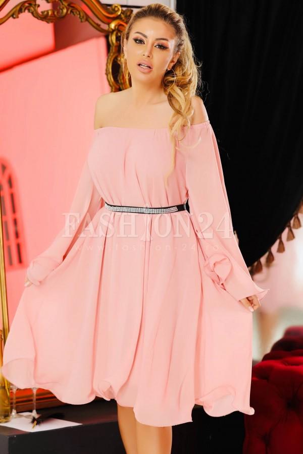 Rochie Melissa roz cu voal