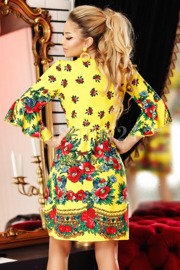Rochie galbena cu imprimeu traditional deosebit
