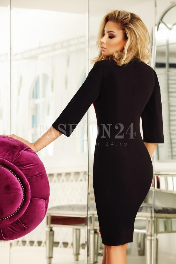 Rochie in doua culori rosu si negru mulata pe corp