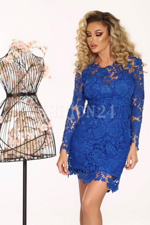 Rochie albastra din dantela cu spatele plin