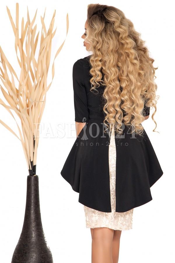 Rochie auriu cu negru cu dantela si peplum in talie