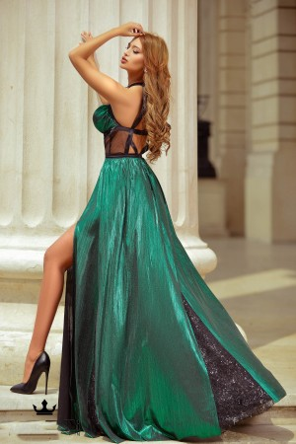 Rochie lunga in nuante de verde smarald