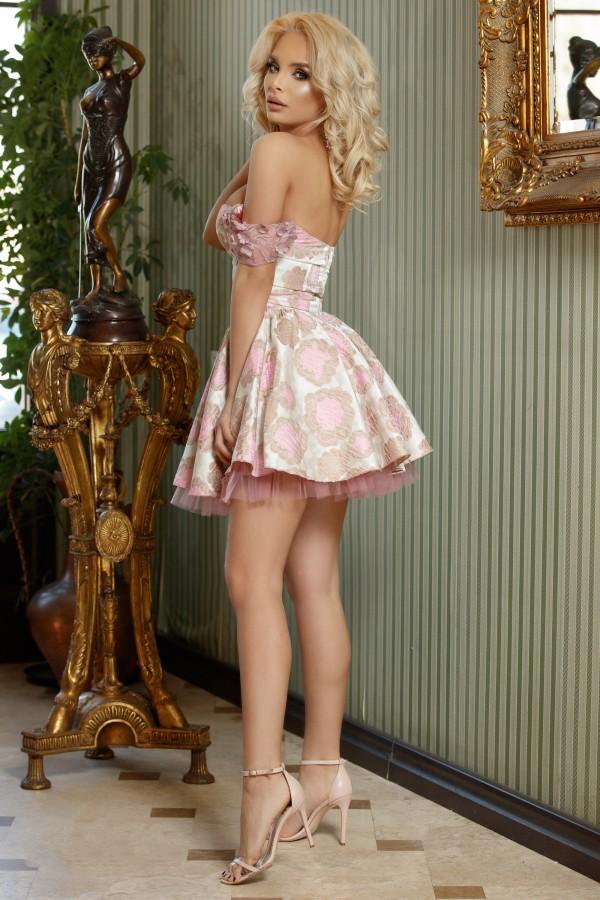 Rochie eleganta in clos