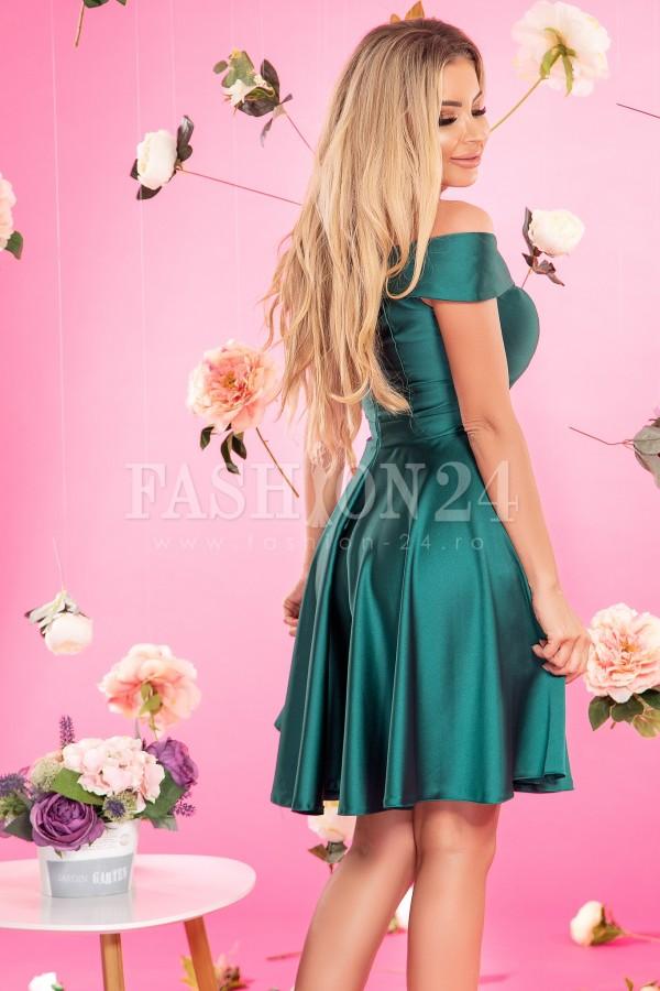 Rochie de seara verde in clos