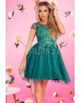 Rochie in clos cu tul de culoare verde