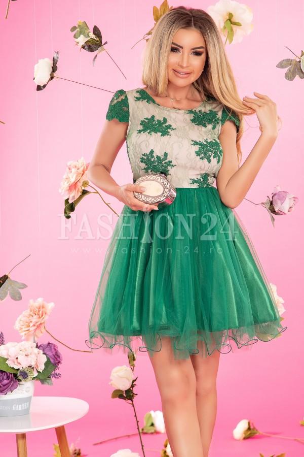 Rochie Anda verde in clos cu dantela