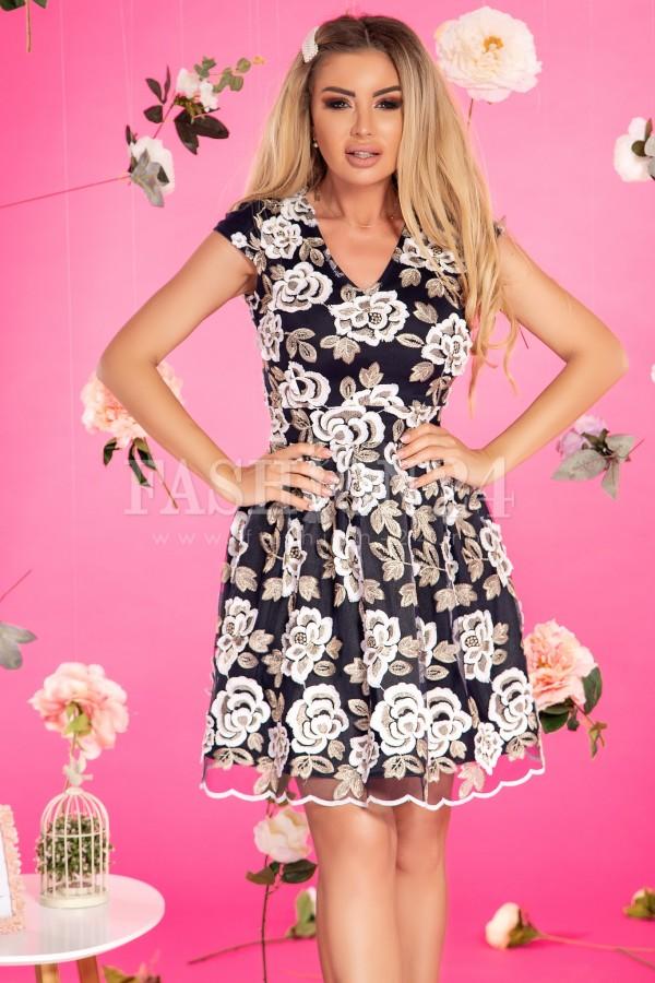 Rochie de seara in clos cu imprimeuri florale