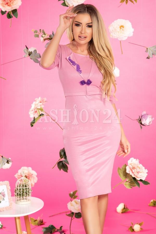 Rochie Alma roz tip sacou