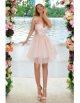 Rochie in clos cu tul in nuante de roze