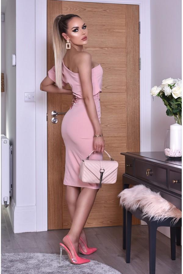 Rochie de seara in nuante de roz cu umarul gol