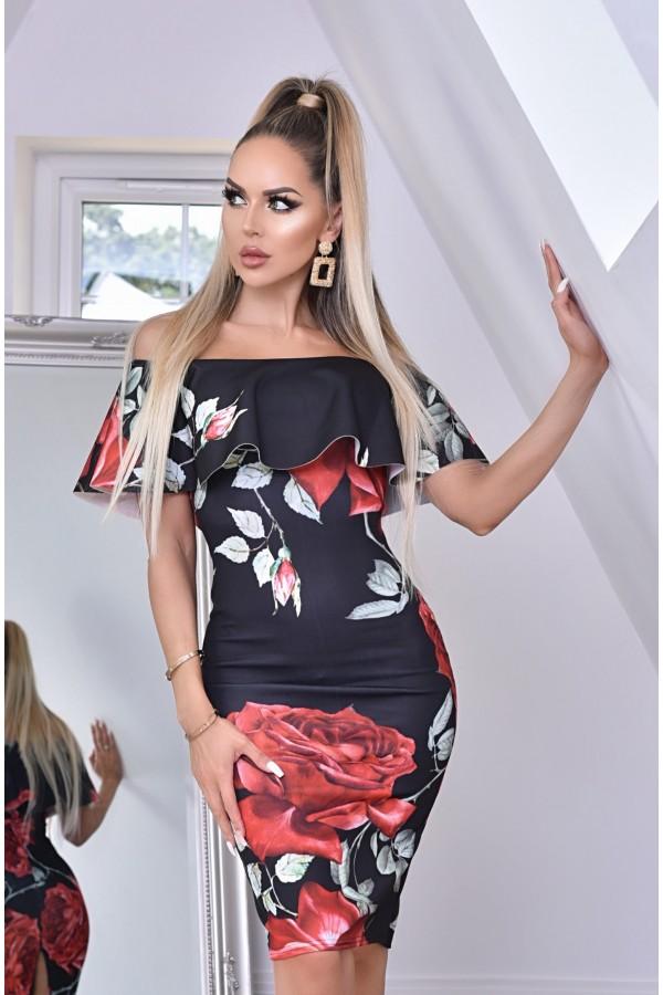 Rochie cu imprimeuri florale si umerii lasati