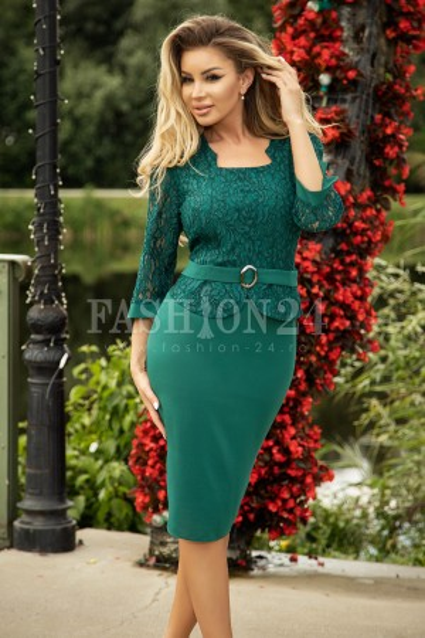 Rochie verde cu manecile trei sferturi