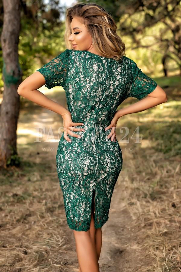 Rochie din dantela brodata in nuante de verde