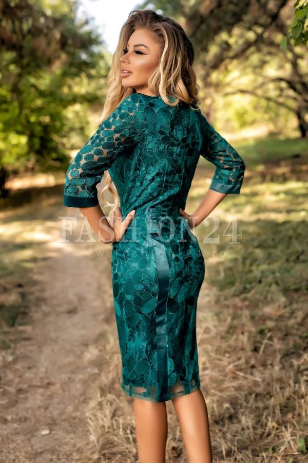 Rochie verde cu dantela florala