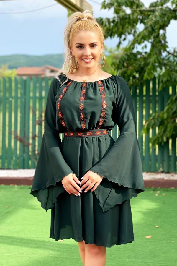 Rochie traditionala eleganta Sofia verde