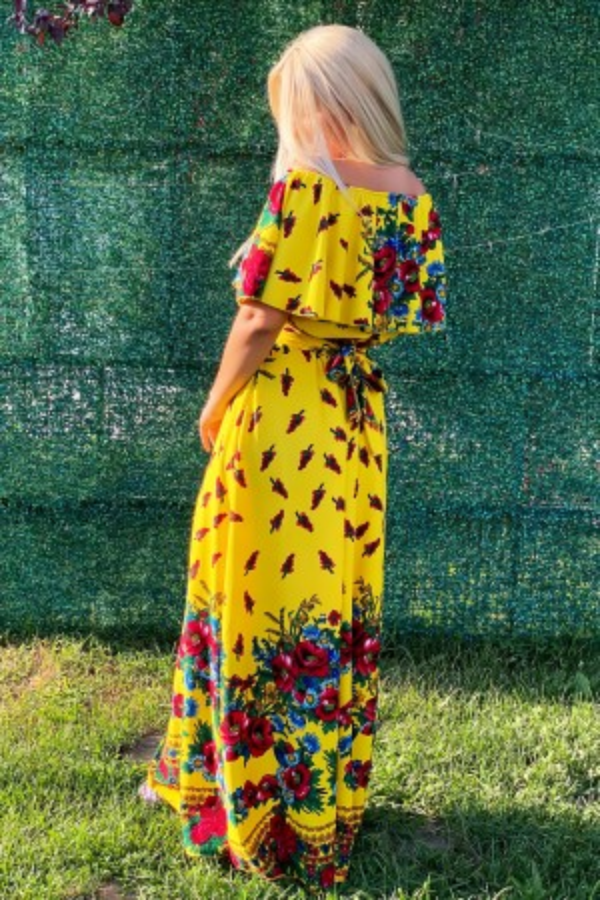 Rochie Agatha traditionala in nuante de galben