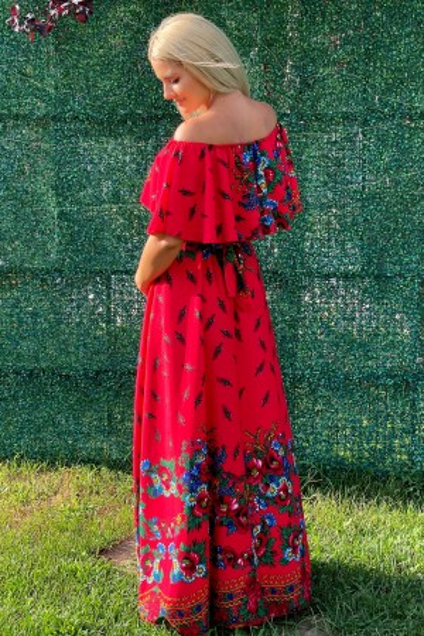 Rochie Agatha traditionala in nuante de rosu