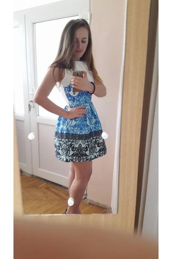 Andreea Lascu - Alba