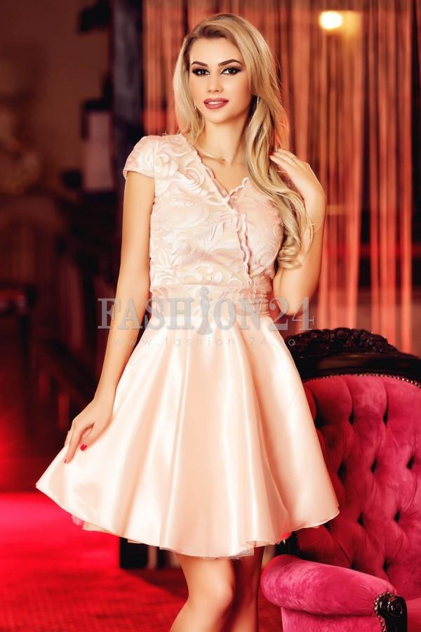 Rochie Light Pink