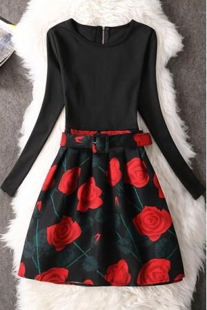 Rochie Cu Imprimeu Red Roses