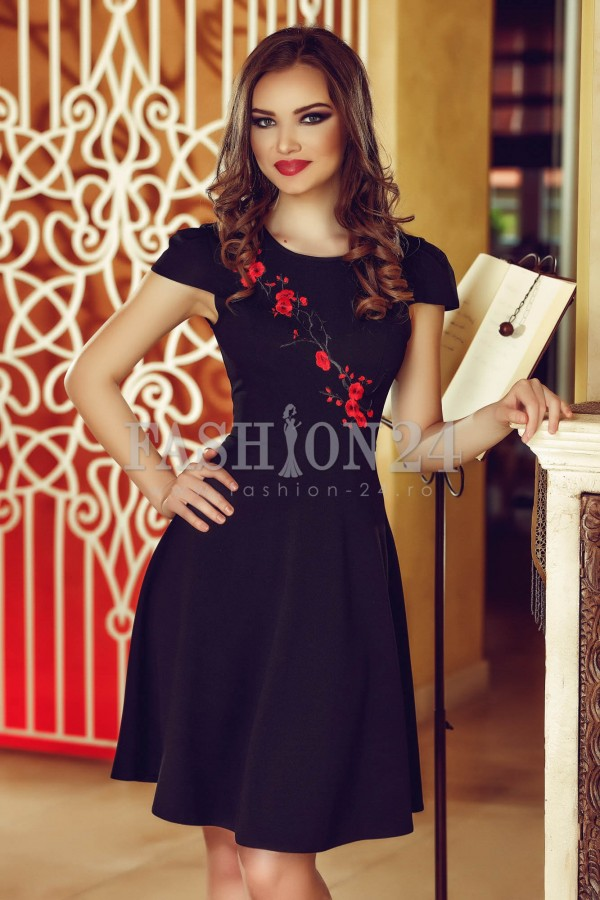 Rochie Black Embroidered