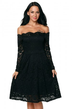 Rochie Black Appearance