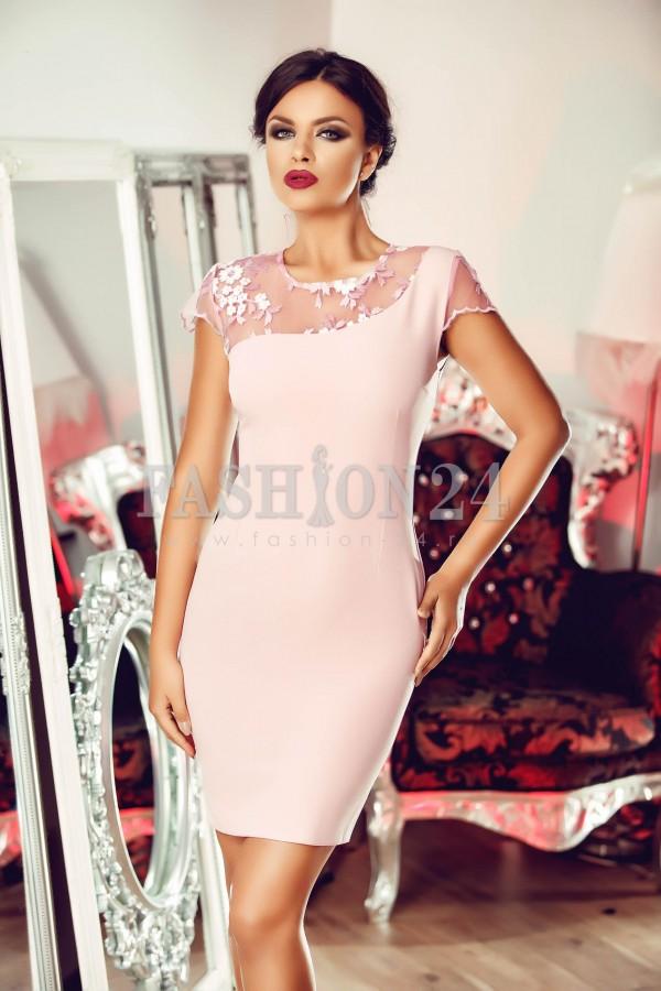 Rochie Pink Neckline